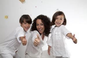 Familia con gesto OK 4